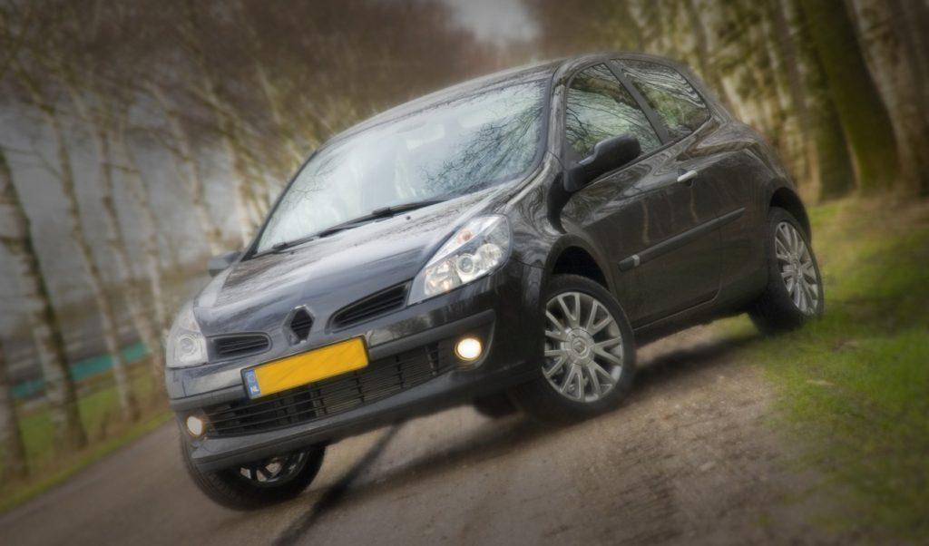 Na co zwrócić uwagę przy wyborze rodzinnego auta?